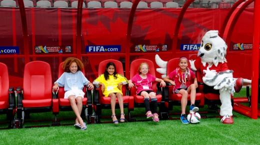 Plus de femmes à la FIFA ?