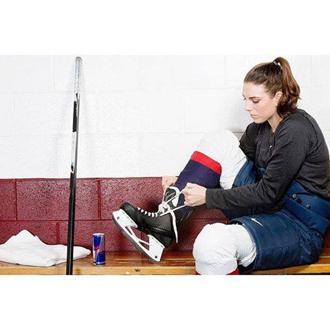 Hockey sur glace : Hilary Knight en tenue de combat pour sa passion