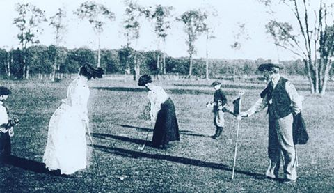 Jeux Olympiques : rétro sur les Jeux de Paris en 1900 et la première participation féminine à une épreuve sportive